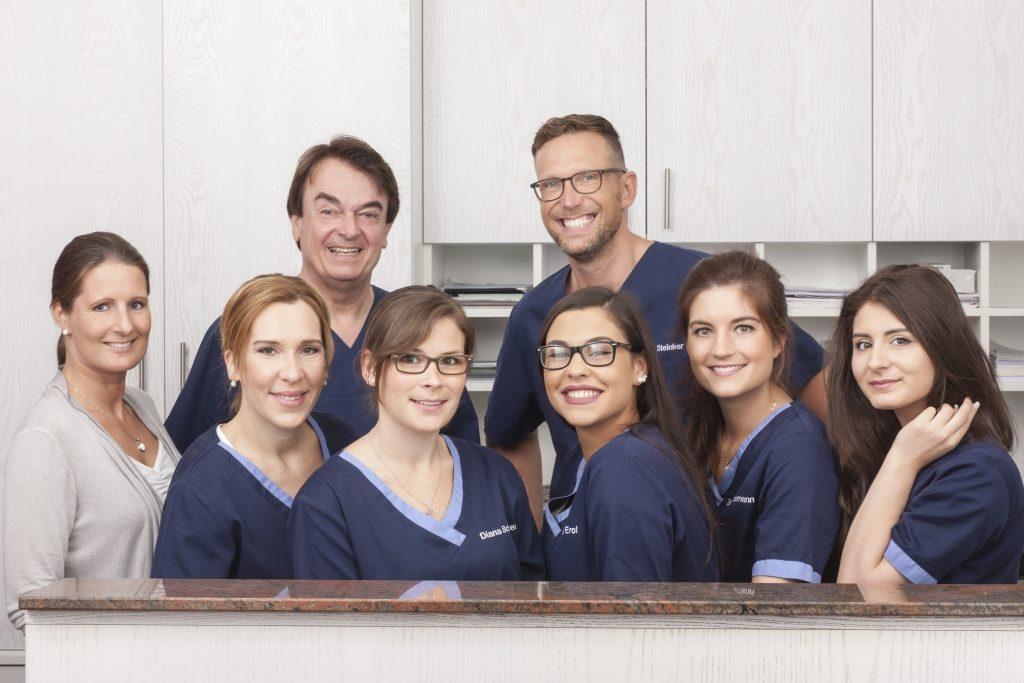 Praxisteam der Zahnarztpraxis Dr. Witteler & Steinker in Münster