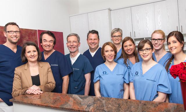 Team der Zahnarztpraxis Dr. Witteler & Steinker in Münster